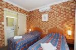 2 Queens+ 2 Singles Hotel Room